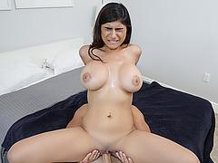 Sweet hot Mia Khalifa wants a huge cock