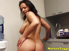 Bigtitted housewife jerking and titfucking