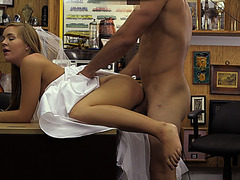 Wife material chick fucked by pawn man