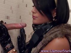 Glamour puss sucks cock