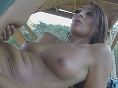 Brunette babe gets fucked at the border for a favor