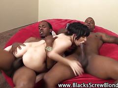 Babe ass fucks black cock