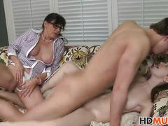 Victoria Volt plays with stepmom Alexandera Silk