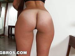 BANGBROS - Kelsi Monroe's Got The Ass Of The Month! (ap12080)