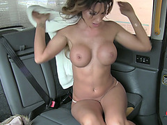 Provocative client gets her pussy creams by the driver