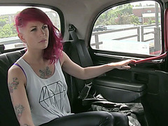 Punk beauty Trixi shows her ass for free taxi fare and gets fucked
