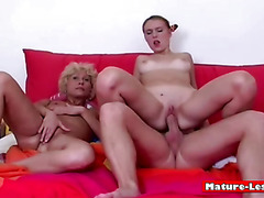 Yong Blondie Gets Fuck Riding