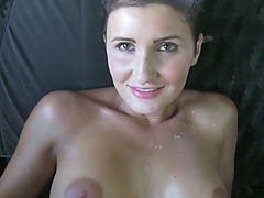 Hot Gabrielle gets persuaded to suck a cock in exchange of free taxi ride
