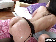 Riley Reid & Kendra Lust Threesome with a MILF and petite younger girl.12