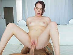 Sexy hot babe Jennifer getting fucked