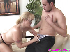 Cumshot loving busty mature tugs dong