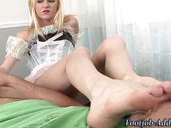 Babes pantyhose toes cummed on