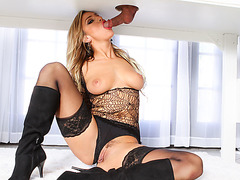 Huge tits Cameron Dee works on hard cock