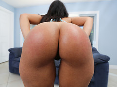 Fat ass Ava Sanchez takes pounding