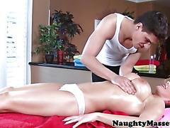 Massage loving brunette sucks dick