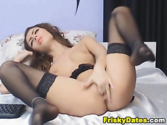 PrettyBrunette Playing with her Pussy