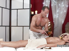 Brunette milf sucked masseurs cock
