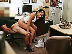 Big tits latina blows cock for rentmoney