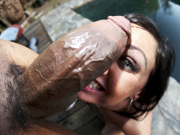 Valerie luxe comes to us in search of a big thick cock 9