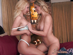 Horny Cherie Deville surprises Aaliyah Love with a nice oral