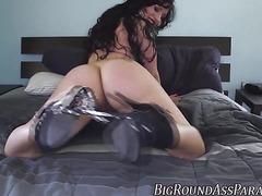 Plump ass milf gets cock
