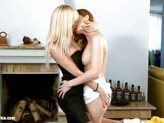 Sizzling Fisting by Sapphic Erotica - lesbian love porn with Heaven - Lenna