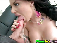 Bubble butt Christy Mack pussy rammed by big hard cock