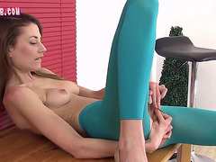Burning hot girl and a sextoy