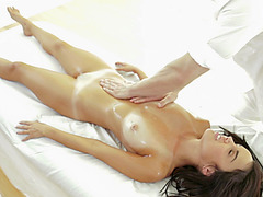 Hot babe Dillion receives a sensual rub down to her pussy