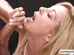 Teen Lucy Tyler and MILF Cherie Deville threesome session