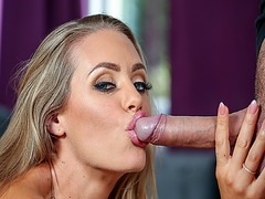Nicole Aniston give Keiran Lee a blowjob