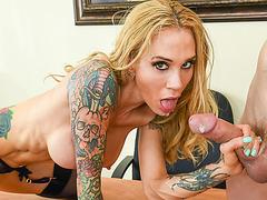Hot Milf boss Sarah Jessie bangs in the office