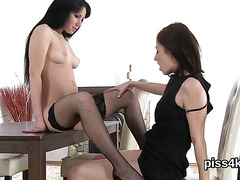 Erotic nympho is geeting peed on and ejaculates wet snatch