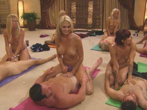 порно свинг вечеринка с училкой
