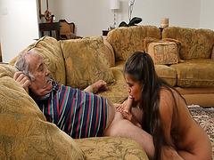 Jeleana Marie gave Frankie a hot deep throat blowjob