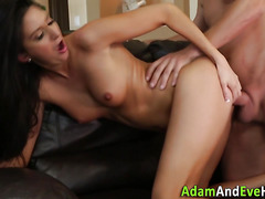Bendy babe swallows jizz