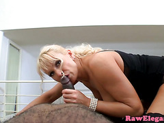 Cockriding bigtitted glamour babe loves bbc