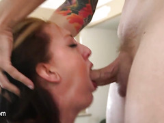 Sexy blowjob and really unbelievable deepthroat
