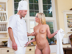 Hot Ambers wet pussy gets banged by Freddys enourmous cock