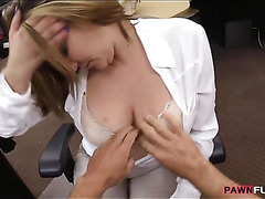 Business woman twat banged by pawnkeeper for a plane ticket