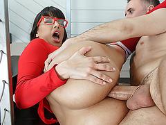 Busty Latina Mercedes Carrera enjoys anal fucking