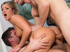 Bubble butt Candice Dare hot threesome anal fuck