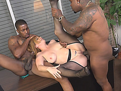 Secretary Kiki Rammed By Black Schlongs In Office