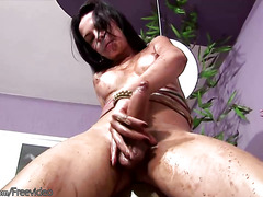 Messy t-girl masturbates her shemeat with cream and cumshots