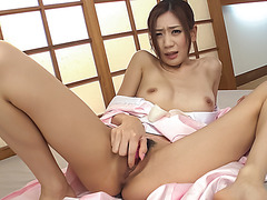 Naked Kaori Maeda sucks cock and loves to swallow
