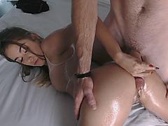 Gorgeous hottie loves riding big cock