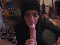 Arab prostituted woman sucks humongus cock