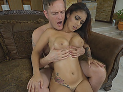 Glamorous bruenette gives a titjob and eats a dick