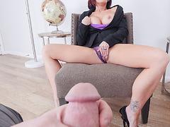 Stepmoms pussy was so hot masturbating