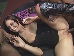 Kinky chicks get fucked in steamy hot orgy moaning with excitement